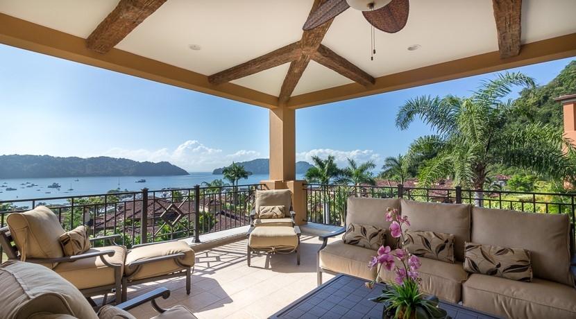 Beautiful terrace with ocean view in Terrazas de Marbella inn Los Sueños